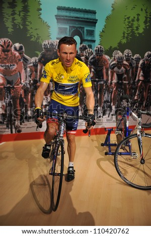LOS ANGELES, CA - JULY 21, 2009: Lance Armstrong waxwork figure - grand opening of Madame Tussauds Hollywood. - stock photo