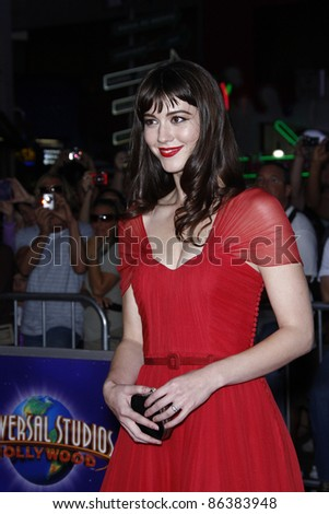 LOS ANGELES, CA - OCT 10: Mary Elizabeth Winstead at the premiere of Universal Pictures' 'The Thing' at Universal Studios Hollywood on October 10, 2011 in Universal City, Los Angeles, California