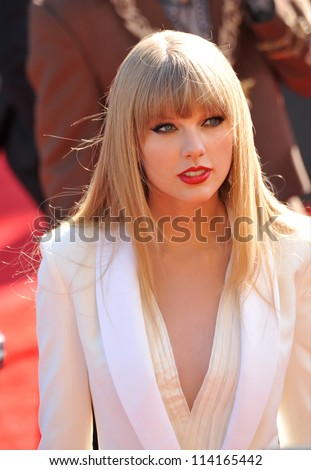 LOS ANGELES, CA - SEPTEMBER 6, 2012: Taylor Swift at the 2012 MTV Video Music Awards at Staples Center, Los Angeles. - stock photo
