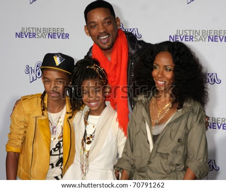 "LOS ANGELES - FEB 8:  Jaden, Willow, Will Smith, Jada Smith arrives at the ""Never Say Never"" Premiere at Nokia Theater  on February 8, 2011 in Los Angeles, CA"