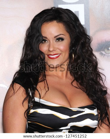 "LOS ANGELES - FEB 05:  Katy Mixon arrives to the ""Identity Thief"" World Premiere  on February 04, 2013 in Westwood, CA"