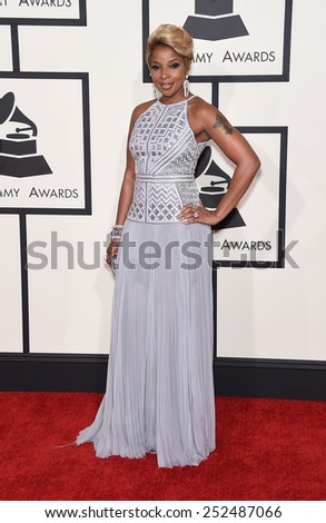 LOS ANGELES - FEB 08:  Mary J. Blige arrives to the Grammy Awards 2015  on February 8, 2015 in Los Angeles, CA