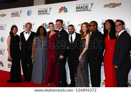 LOS ANGELES - FEB 1:  Scandal Cast and Shonda Rhimes arrives at the 44th NAACP Image Awards at the Shrine Auditorium on February 1, 2013 in Los Angeles, CA.