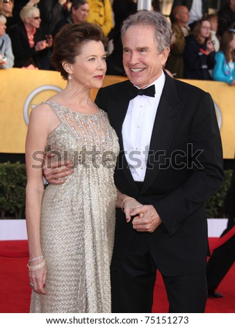 LOS ANGELES - JAN 30:  Annette Bening & Warren Beatty arrive at the the SAG Awards 2011 on January 30, 2011 in Los Angeles, CA