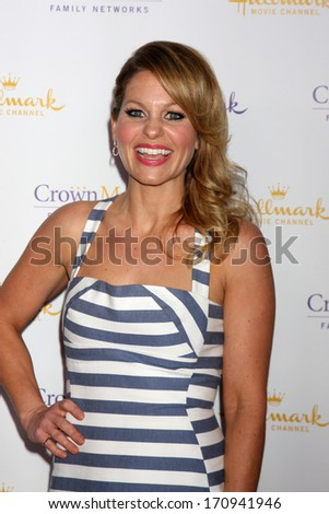 LOS ANGELES - JAN 11:  Candace Cameron Bure at the Hallmark Winter TCA Party at The Huntington Library on January 11, 2014 in San Marino, CA