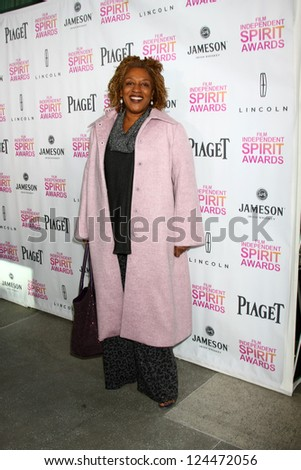 LOS ANGELES - JAN 12:  CCH Pounder arrives at the 2013 Film Inependent nominees brunch at BOA Steakhouse on January 12, 2013 in West Hollywood, CA