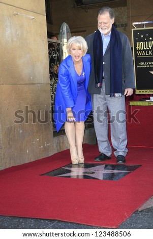 LOS ANGELES - JAN 3: Helen Mirren, Taylor Hackford at a ceremony as Helen Mirren is honored with star on the Hollywood Walk of Fame on January 3, 2013 in Los Angeles, California