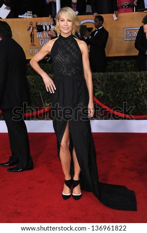 LOS ANGELES - JAN 27:  Jenna Elfman arrives to the SAG Awards 2013  on January 27, 2013 in Los Angeles, CA