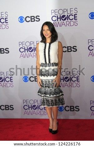 LOS ANGELES - JAN 9: Olivia Munn at the 39th Annual People's Choice Awards at Nokia Theater L.A. Live on January 9, 2013 in Los Angeles, California