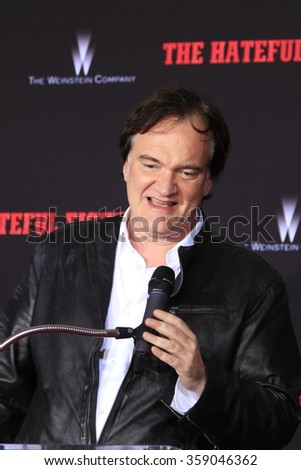 LOS ANGELES - JAN 5: Quentin Tarantino at a ceremony as Quentin Tarantino is honored with hand & footprints at the TCL Chinese Theatre IMAX on January 5, 2016 in Los Angeles, CA