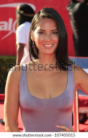 LOS ANGELES - JUL 11:  Olivia Munn arrives at the 2012 ESPY Awards at Nokia Theater at LA Live on July 11, 2012 in Los Angeles, CA