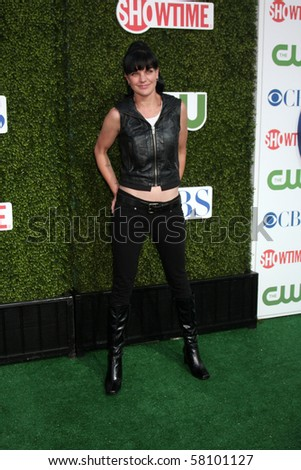 LOS ANGELES - JUL 28:  Pauley Perrette arrives at the 2010 CBS, The CW, Showtime Summer Press Tour Party  at The Tent Adjacent to Beverly Hilton Hotel on July28, 2010 in Beverly Hills, CA ...