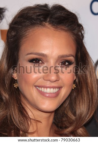 LOS ANGELES - JUN 09:  Jessica Alba arrives at Covenant House 2011 Gala  on June 09, 2011 in Los Angeles, CA