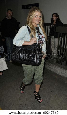 LOS ANGELES-JUNE 23: Jessica Simpson is seen at LAX. June 23, 2010 in Los Angeles, California