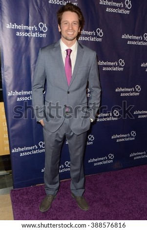 LOS ANGELES - MAR 9:  Tyler Ritter at the A Night at Sardis - 2016 Alzheimer's Association Event at the Beverly Hilton Hotel on March 9, 2016 in Beverly Hills, CA