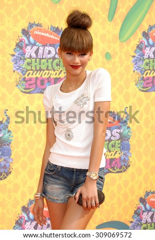 LOS ANGELES - MAR 29:  Zendaya Coleman arrives at the 2014 NICKELODEON KIDS CHOICE AWARDS  on March 29, 2014 in Los Angeles, CA                 - stock photo