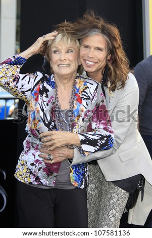 LOS ANGELES - MAY 7: Cloris Leachman, Steven Tyler at the premiere of WB Pictures' 'Dark Shadows' at Grauman's Chinese Theater on May 7, 2012 in Los Angeles, California