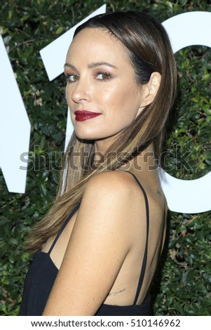 LOS ANGELES - NOV 2:  Catt Sadler at the Who What Wear 10th Anniversary #WWW10 Experience at Private Location on November 2, 2016 in Los Angeles, CA