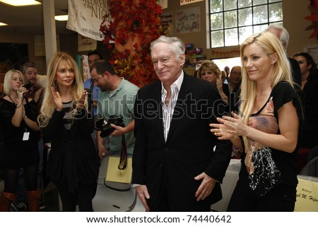 LOS ANGELES - NOV 18:  Dyan Cannon and Hugh Hefner with Crystal Harris at 'Hero of the Hearts' award from Children of the Night on November 18, 2010 in Van Nuys, Los Angeles, CA.