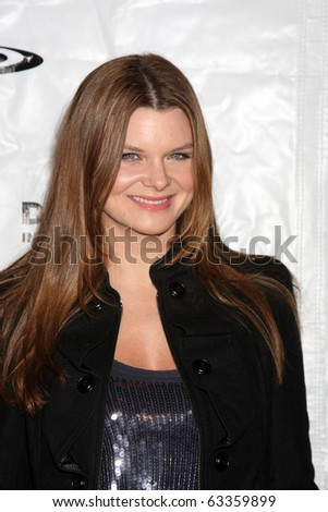 "LOS ANGELES - OCT 19:  Heather Tom arrives at the Drop in the Bucket ""Cause on the Rocks"" Fundraiser at Viceroy Hotel on October 19, 2010 in Santa Monica, CA"