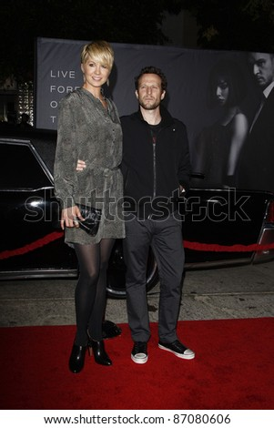 LOS ANGELES - OCT 20: Jenna Elfman; Bodhi Elfman attend the 'In Time' Premiere at the Regency Village Theatre on October 20, 2011 in  in Los Angeles, California