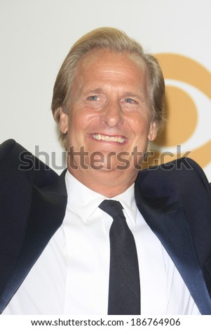LOS ANGELES - SEP 22: Jeff Daniels in the press room during the 65th Annual Primetime Emmy Awards held at Nokia Theater L.A. Live on September 22, 2013 in Los Angeles, California
