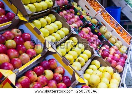 lots healthy apples on spanish market