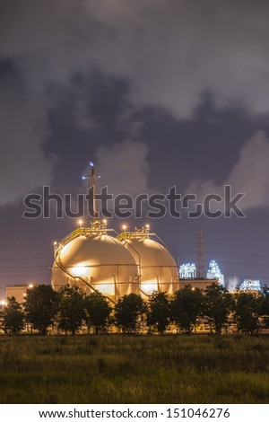 LPG Petroleum Storage Tanks on Petrochemical Plant - stock photo