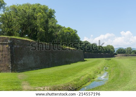 Lucca (Tuscany, Italy), the famous medieval walls
