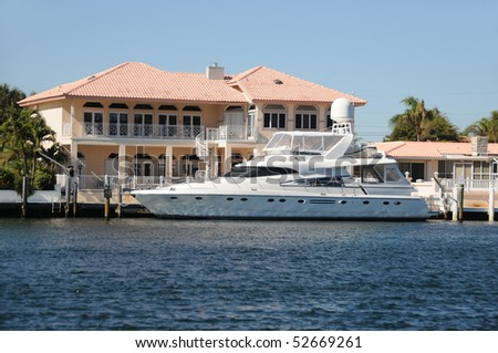 Luxury waterfront home for sale in Florida - stock photo