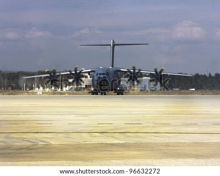 MADRID - MARCH 1: Presentation of the new Air Bus A-400M military plane to Juan Carlos I, King of Spain, at the Torrej�³n de Ardoz military base on March 1, 2012 in Madrid