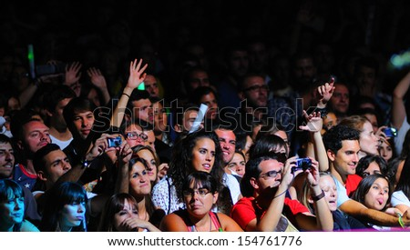 MADRID - SEPT 14: People from the audience at Dcode Festival on September 14, 2013 in Madrid, Spain.