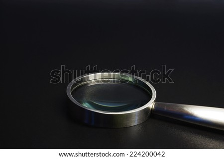 Magnifying glass, close-up