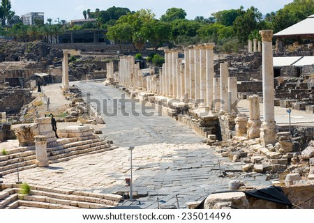 Mainstreet with roman pillars in Beit She'An in Galilee in Israel - stock photo