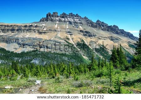 Majestic peaks in Helen lake trail, banff national park - stock photo