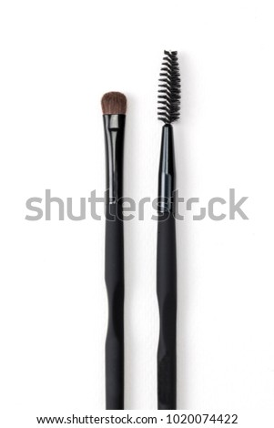 Makeup Brush Sets, discover the latest face brush.