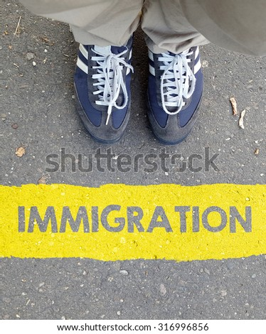 Male sneakers with immigration