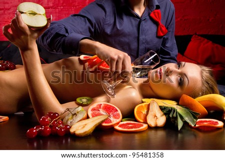 barnes-naked-women-with-food-on-them