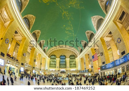 Manhattan 15 dec 2011 - people walking in GRAND CENTRAL STATION - stock photo
