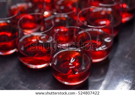 Many alcoholic drinks with cranberries
