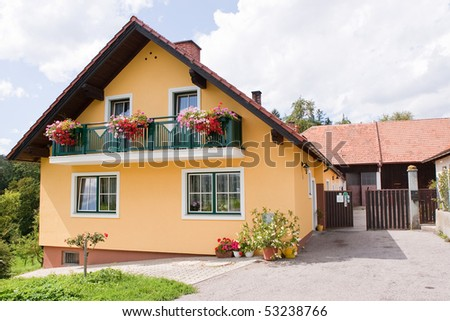 many families in austria live in a rural house