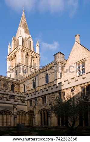 MAR 2, 2011 OXFORD, UK : Architecture Of Christ Church Collage Oxford  University In
