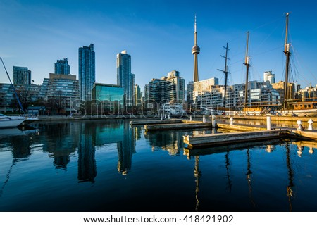 Marina and the downtown skyline, seen at the Harbourfront in Toronto, Ontario.