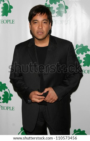 "Martin Nievera  at ""An Evening Under the Harvest Moon"" TreePeople's Annual Gala Fundraiser. Warner Bros. Studios, Burbank, CA. 10-13-07"