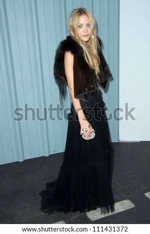 Mary-Kate Olsen at the 2007/2008 Chanel Cruise Show Presented by Karl Lagerfeld. Hanger 8, Santa Monica, CA. 05-18-07 - stock photo
