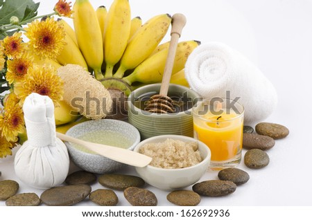 "Mask Facial mask with banana ""Kluai Khai"" thai name, Pisang Mas (Musa (AAA group), honey, egg whites and brown sugar."