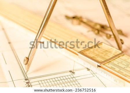 Measurement of the size of the drawing. Angle view, in yellow tone - stock photo
