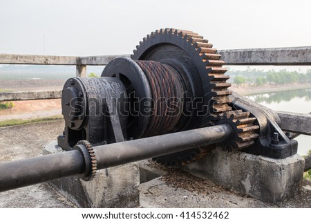 mechanical gear with a large toothed wheel of Floodgate valve