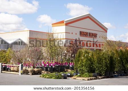 Mechanicsburg Pa Usa April 12 2012 Home Depot Big