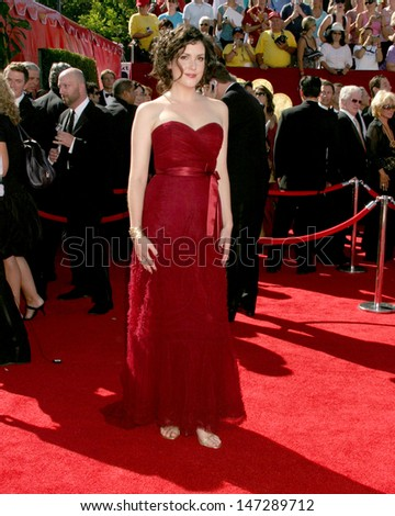 Melanie Lynskey 58th Primetime Emmy Awards Shrine Auditorium Los Angeles, CA August 27, 2006